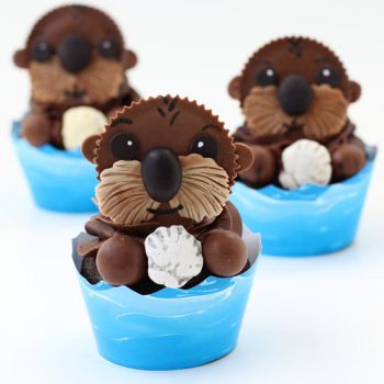 Finding Dory Sea Otter Cupcakes