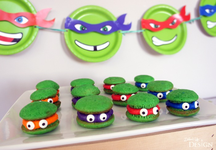 This makes it so easy to decorate for a TMNT-themed party!