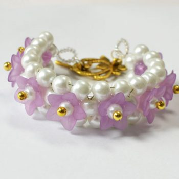 Pearl and Flower Beaded Bracelet