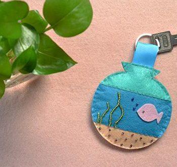 Felt Ocean Key Chain
