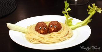 Dinner is so much fun with this cute pasta nest!