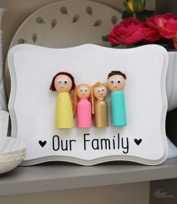 Turn peg dolls into a family portrait!