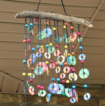 Use metal washers to make a beautiful wind chime.
