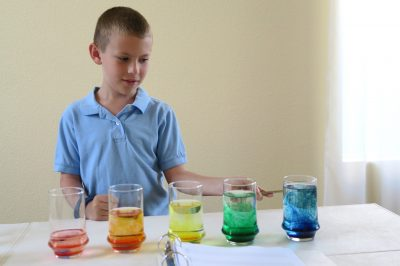 Science crafts and experiments are a great way to get kids excited about the wondrous world around them. Try these hands-on science activities and projects.