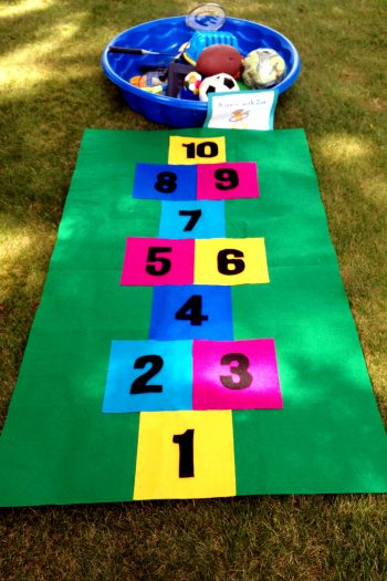 Hopscotch Mat made entirely from felt! Perfect for a game or even a reading carpet.