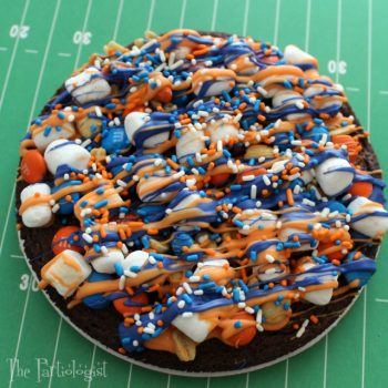 Individual brownie pizzas for game time!