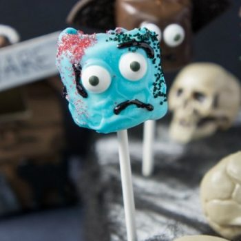 Zombie Marshmallow Pop