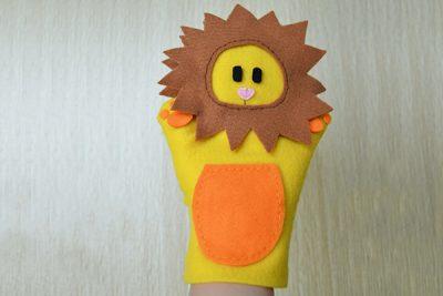 felt_lion_puppet