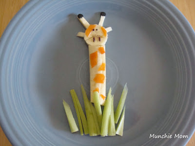 make a tasty giraffe snack using bananas and other healthy ingredients