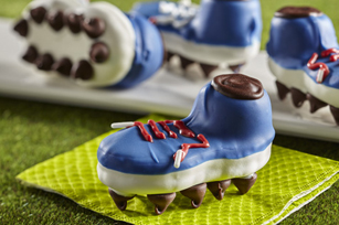 These tasty treats are fun for any sports-themed occasion.