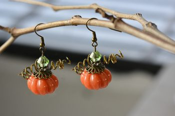 How to Make Simple yet Chic Pumpkin Earrings for Halloween