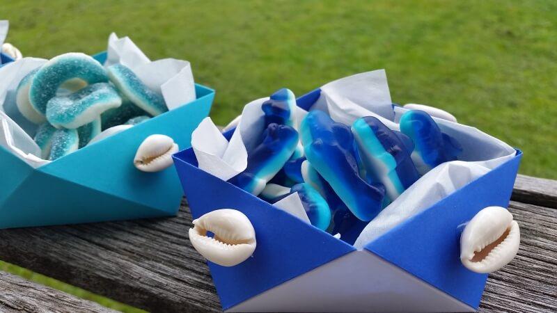 Disney Moana themed Origami party bowls tutorial