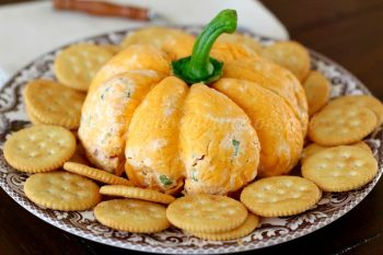 Cheese ball appetizer for fall