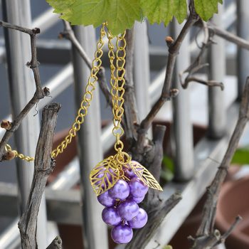 Pandahal Tutorial on How to Make Grape Pendant Necklace with Purple Pearl Beads