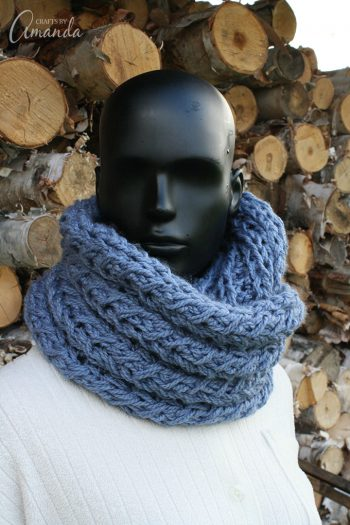 Stay warm this winter with an adorable Infinity Scarf made with your own two hands!