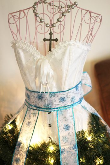 Easy and fun to make dress Form Christmas Tree