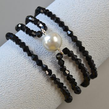 Elegant Black Beaded Bracelet