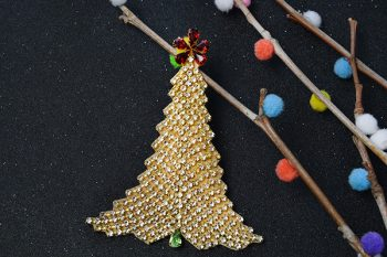 Simple PandaHall Craft Idea - How to DIY Felt Christmas Tree with Rhinestone Beads and Chains