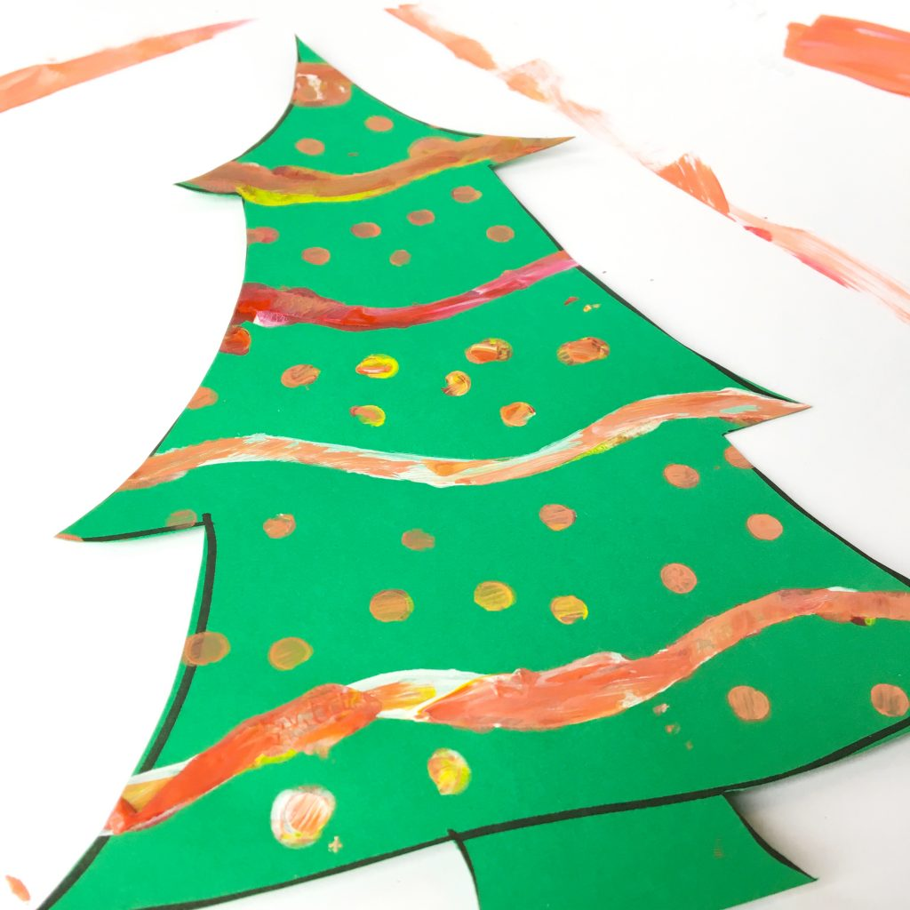 These Painted Paper Christmas trees are the perfect Christmas craft for kids of all ages.