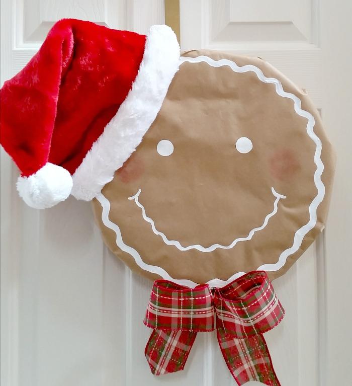 How to make a Santa Gingerbread Man Wreath