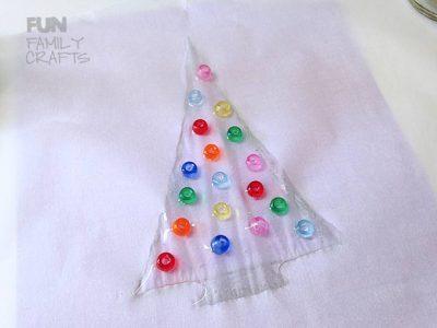 beaded-christmas-tree-sun-catcher-step-2-1