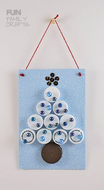 plastic-lid-christmas-tree-2