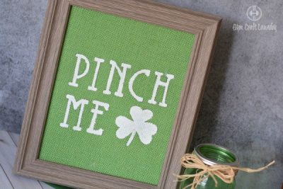 DIY Burlap Wall Art: Easy St. Patricku0027s Day Decor