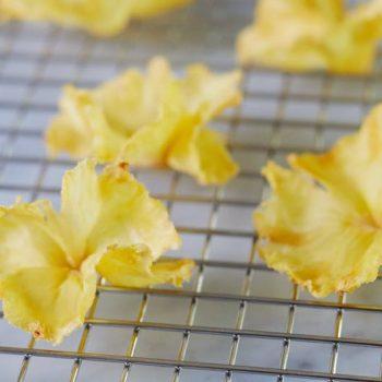 Dried Pineapple Flowers