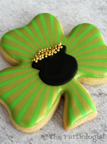 Shimmering Shamrock Cookie