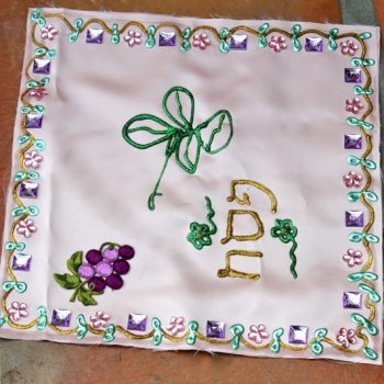 No-Sew Mighty Matzah Cover