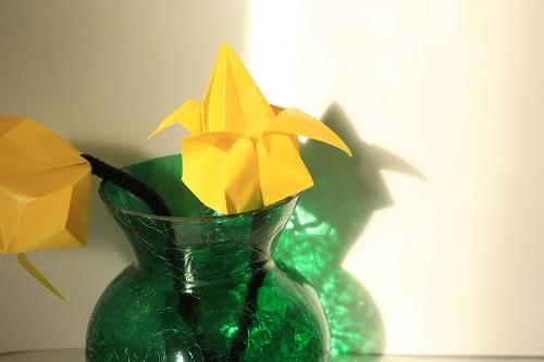 Origami tulip-paper-sizes-and-diagram | 333x500