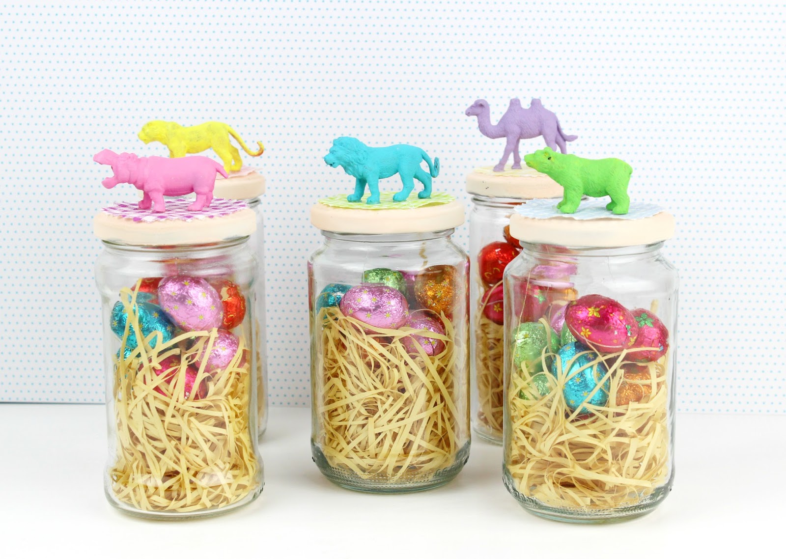 diy easter chcolate treats with decorated jars fun family crafts