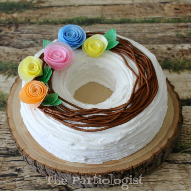 Wafer paper flower cake fun family crafts create a gorgeous wreath cake using edible wafer paper flowers its an elegant design that is great for birthdays mothers day and many other occasions mightylinksfo