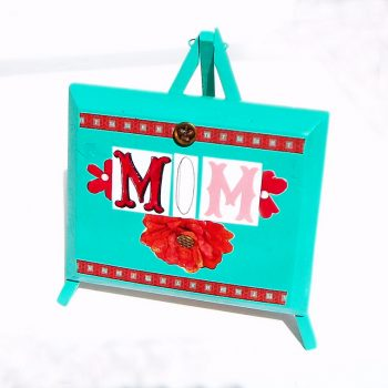 "Magazine ""Mom"" Plaque"