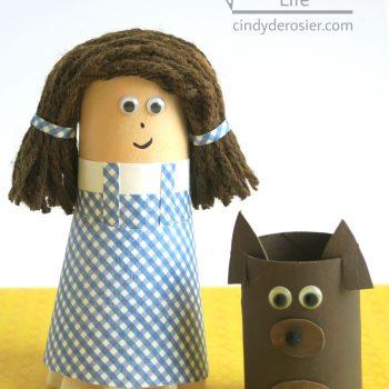 Cardboard Tube Dorothy Gale